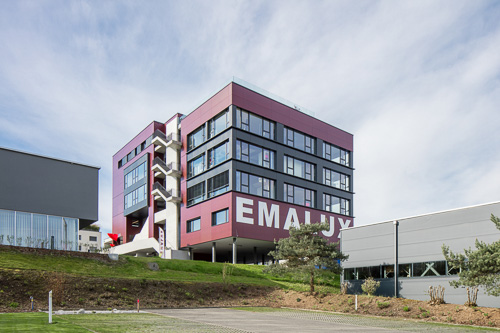 Emalux